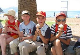 мороженое - наше любимое лакомство